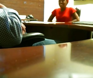 cámara oculta #1 (trabajo entrevista termina con una paja)