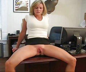 chica sexy con tetas naturales gigantes - por el fuego-hielo