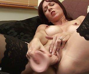 Mamá de fundición Ffm con bi sexual amateur francés par