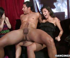 su primer video casting anal