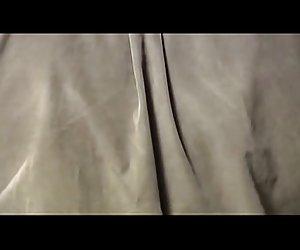 Secretaria en arrancaron desnudas pantimedias