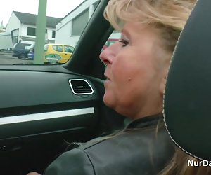 Ellen - morena madura pussy creampie