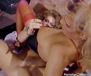 Rubia adolescente alemana anal cum en el culo