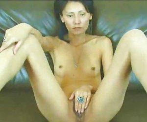 Natsumi horiguchi omorashi parte 1 sin censura