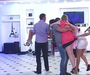Spycam en un dormitorio de una joven chica sexy