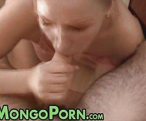 Cumming en calzon chicas