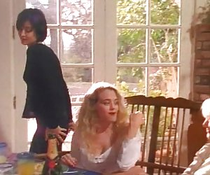 Girlfriendsfilms milf lesbianas tribbing joven pelirroja