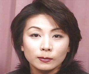 Ohnuma Miki - una buena golpeando de una caliente madura jav