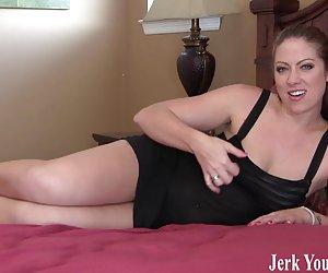 mujer blanca toma una polla negra por el culo