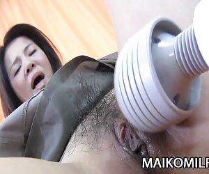 Español atractivo de la criada se la follan!!!