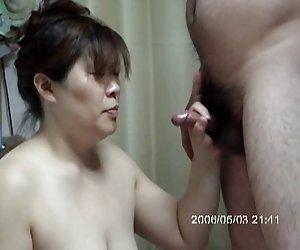 Chicas desnudas jugando con tetas