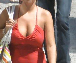 Spycam - chica capturado masturbándose en computadora