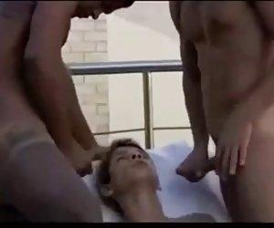 Girlfriendsfilms atadas milf lesbianas 3some