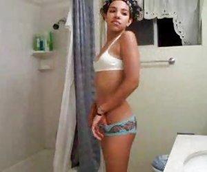 Austin kinkaid toma una polla delante de su marido 4
