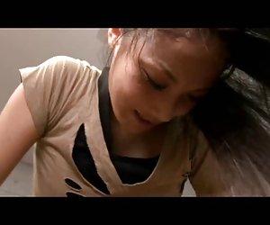 Tetona sasha jugando su coño 9