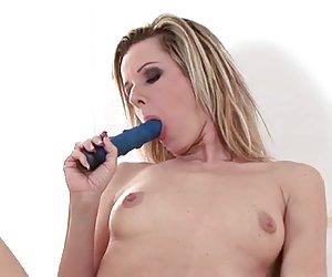 inocente escolta vaginal